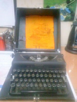 "Antique Vintage Imperial Typewriter ""Good Companion Model T"""