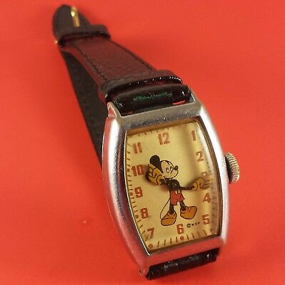 Vintage 1947 Mickey Mouse Wrist Watch Wind-Up US Time # 9740
