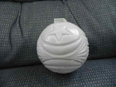 Antique Milk Glass LIGHTNING ROD BALL Moon And Stars From Old Barn
