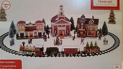 HOLIDAY TIME BATTERY Operated Christmas Village Train Set