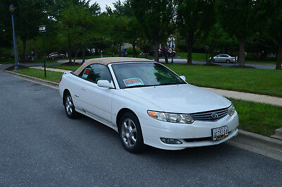 2002 Toyota Solara White car