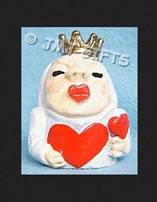 Queen of Hearts  Carol Ann Miniatures Collectible Thimble