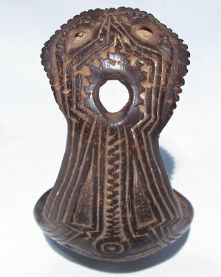 Beautiful old PNG coconut shell spoon