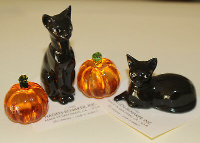 Hagen Renaker Retired Black Colourway Cats And Fun Halloween Glass Pumpkins BOO!