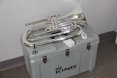 King 1124 Silver Marching Baritone with Hard Case, Valve oil and Mouthpiece MINT