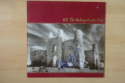 "Bono & Adam Autogramm signed U2 LP-Cover ""The Unforgettable Fire"" Vinyl"