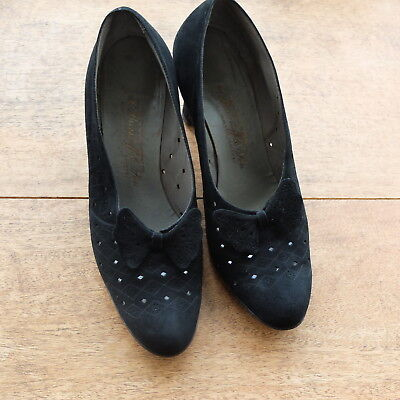Genuine Vintage1930s Size 4.5/5  Lovely Black Suede Shoes.