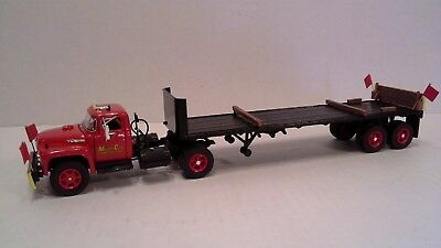 Ford F 800 Tractor with flatbed trailer by First Gear 1:50 scale