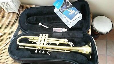 Jupiter Trumpet and case.  Ideal student instrument. Excellence condition