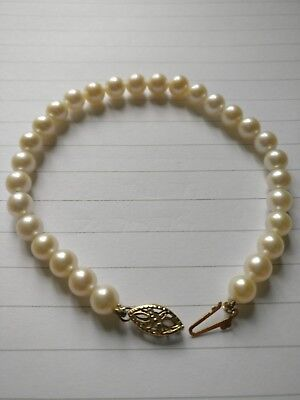 10ct yellow gold pearl bracelet