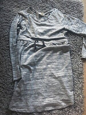 H and M Maternity Top Size Small