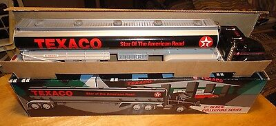 1994 Texaco Toy Tanker Truck -1st In A Collectors Series - Mint In Box