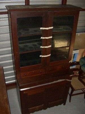 Vintage 2 piece China Cabinet early 1900s excellent quality excellent condition