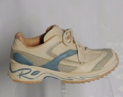 1 NEW Raine Runner Just the Right Shoe Raine #25166 in box from 2002