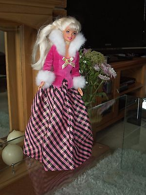 Vintage Barbie Doll 1966 In Original Outfit Used For Display In Excellent Cond