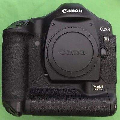 Canon EOS 1Ds Mark II 16.7MP Digital Camera - (Body Only):67k shutter act