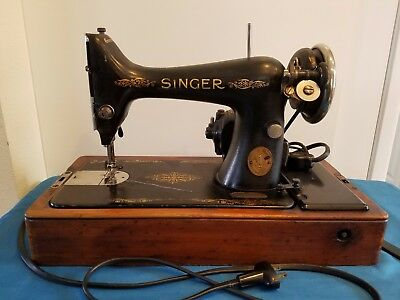 Antique Singer Sewing Machine, Portable, Knee Lever, Wood Dome Case, 1922