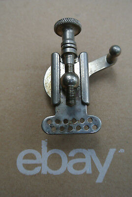 VINTAGE LUDWIG PIONEER STRAINER for YOUR DOWNBEAT or JAZZ-COMBO SNARE DRUM! A544