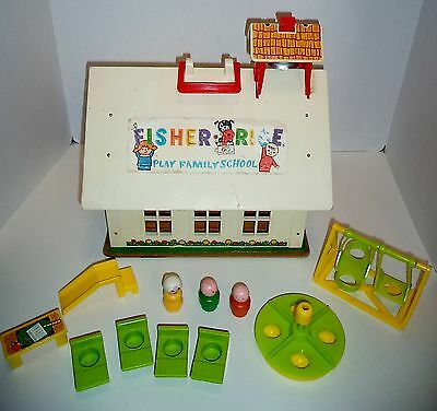 Fisher Price Little  people Play family  school Alphabet letters  923