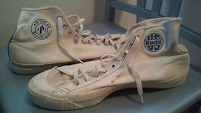 Vintage Made in USA Size 9.5 Canvas Shoes Tan Keds JCP Mixed Pair