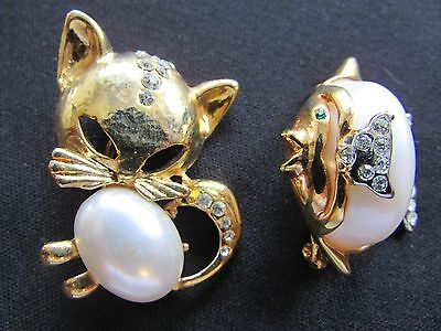 Vintage Jelly Belly Brooches~Pins Fish Cat Rhinestones Lot of 2 Gold Metal Work