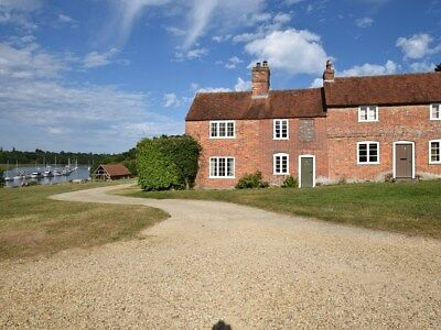 Holiday cottage, mini break, Bucklers Hard, New Forest, 27th-30th October 2017