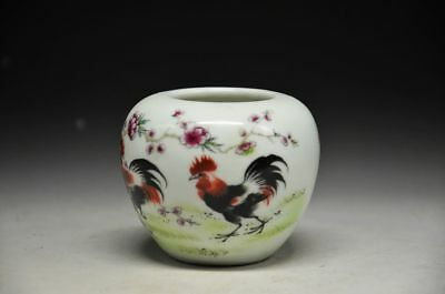 Exquisite Chinese Porcelain  Pot Rooster & Flower Pattern