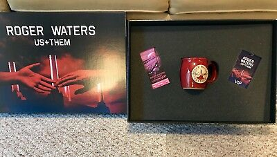 Roger Waters Ultimate Deluxe VIP Package Box Set Us Them Tour 2017 Pink Floyd