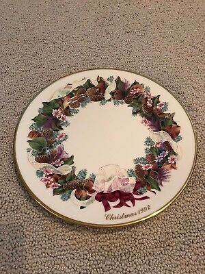 1992 Lenox Holiday Annual Limited COLONIAL CHRISTMAS WREATH NORTH CAROLINA Plate