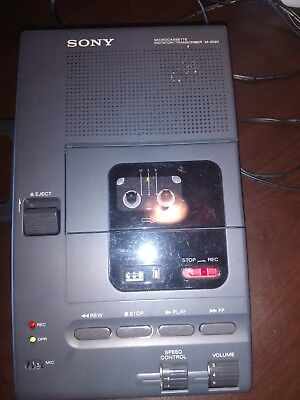 Sony Microcassette Dictator /Transcriber M-2020