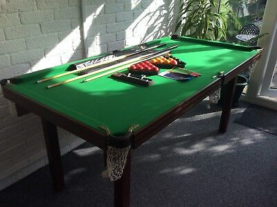 Pot Black 6ftx3ft Snooker table set. Complete with cues, snooker & pool balls.
