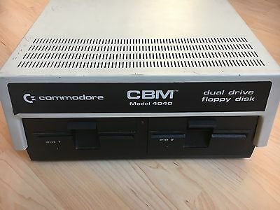 Commodore CBM Model 4040 Dual Floppy