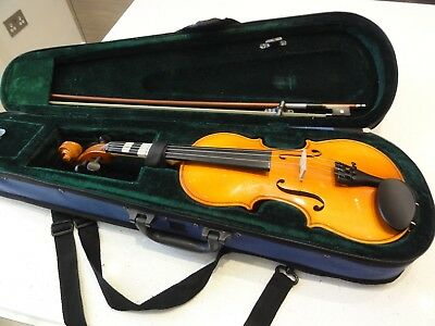 Knight Academy Violin Outfit 1/2 size