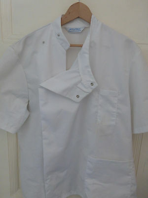 Doctors Coat/jacket, Dentist, Osetopath, Chiropractor, Lab Tech White Jacket