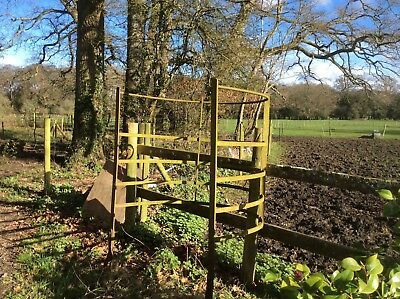 Kissing gate Victorian