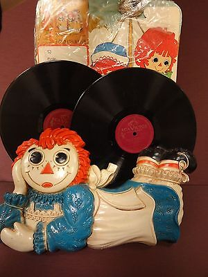 Raggedy Ann Wall Hanging Records & Gift Boxes Set Bobbs-Merrill Co. 1977 Childs