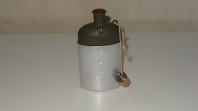 Original 1930s Swiss Army Military M32 Water Bottle Canteen and Cup Color green