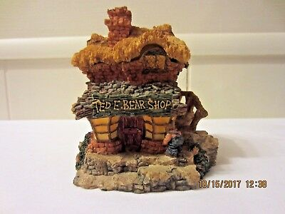 Boyd's Bears - Barely-Built Villages TED E. BEAR SHOP Town Teddy Design Store