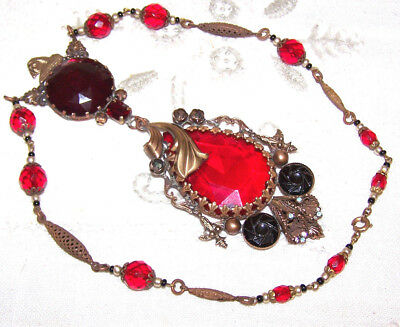 VINTAGE CZECHO ART DECO glass red necklace, teardrop ruby red glass pendant