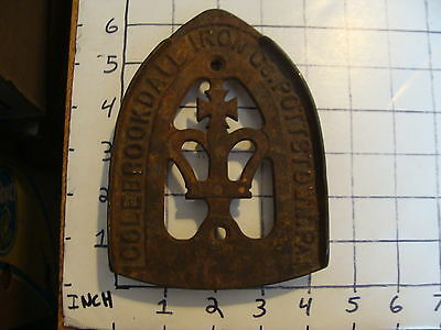 Original Vintage CAST IRON TRIVET 1800'S or early 1900's #17 COLEBROOKDALE IRON