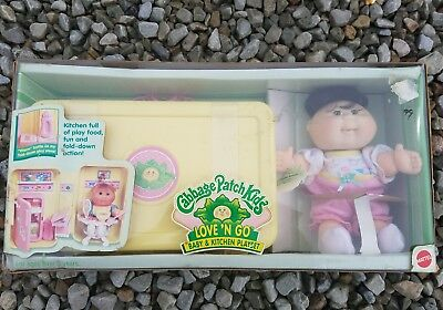 Cabbage Patch Kids Love 'n Go Baby and Kitchen Playset! new in box!