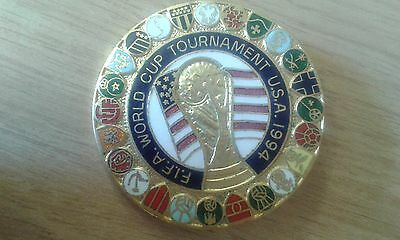 Vintage (ireland) World Cup 1994 USA Tournament metal enamel badge