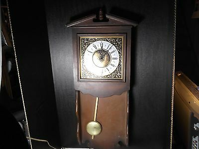 Vintage Mid Century Spartus Electric Wall Clock