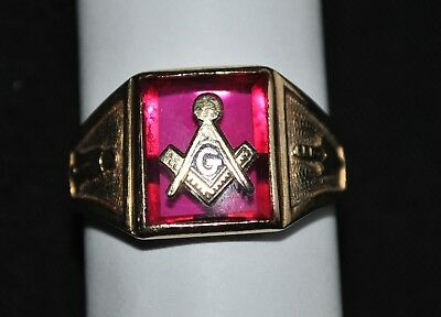 Vintage 10 K Gold - Red Ruby Spinel Freemason Ring - Size 10