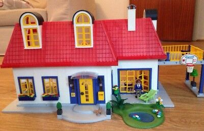 Playmobil Modern Family Dolls House 3965 + furniture sets, instructions, figures