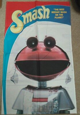 Smash retro tea towels. Set of 3, unused. Marsha the Martian.