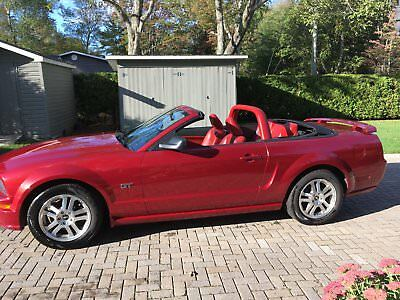 Ford: Mustang GT 2005 Ford Mustang GT Convertible