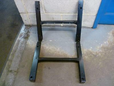 VW Caddy 2015 Pair of seat bases / Seat rails 2K5 881 034  2K5 881 033