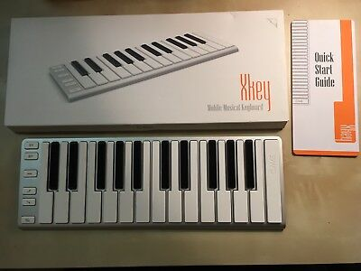 CME Xkey 25-Key Portable Musical Keyboard