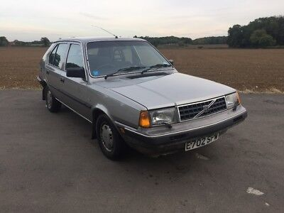 Volvo 340 Gl Auto 1988 *Two former keepers* *49,400 miles from new*